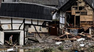 Германия спешно отпуска над 300 млн. евро за справяне с наводненията