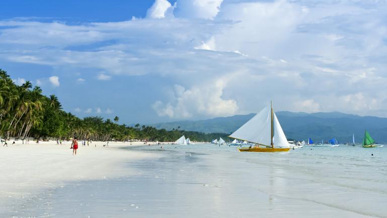 """Дутерте затваря много популярен остров във Филипините, станал """"клоака"""""""
