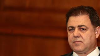 Ненчев спира поръчка за 41 млн., Премиерът: Бежанците заобикалят България