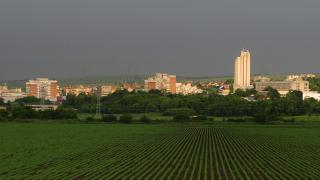 В кои областни градове у нас са сключени най-малко имотни сделки в началото на 2020-а?