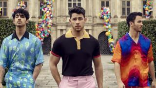 Jonas Brothers се завърнаха