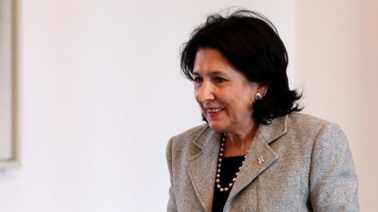 """Грузинският президент обвинява руската """"пета колона"""" за размириците"""