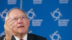 Шойбле настоя Брюксел да не налага тежки санкции на Унгария