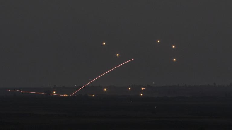 """Израел удари позиции на """"Хизбула"""" в Сирия"""