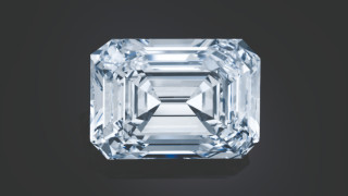 Покупка за $14 милиона: Най-големият руски обработен диамант беше продаден за рекордна сума