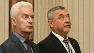 Сидеров продължава напред с или без НФСБ
