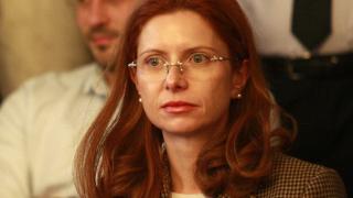 Правителство поиска зам.-шефът на КФН Ралица Агайн да напусне поста