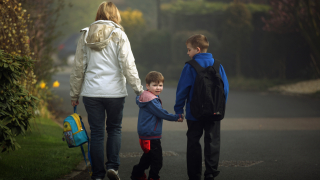Родителите могат да кандидатстват за детегледачка до 2023 г.