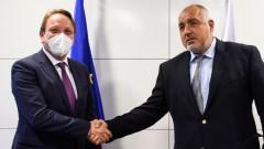 Бившият премиер Борисов обсъди РСМ с еврокомисаря по разширяване на ЕС