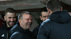 Стойчо Младенов: Не трябва отделни личности да печелят мачовете