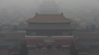 Китай затяга контрола над фондациите