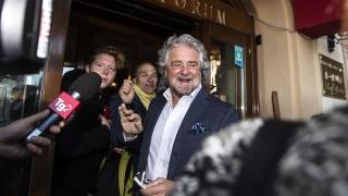 Бепе Грило призова партията си да изостави евроскептиците в ЕП