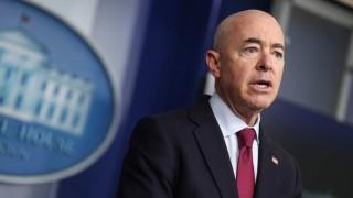 САЩ дадоха хуманитарен статут на венецуелци