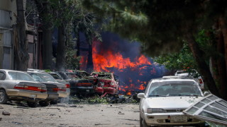 24 жертви и десетки ранени при самоубийтвен атентат в училище в Кабул
