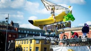 Самоделни летателни машини пърхат над Варна (ВИДЕО)
