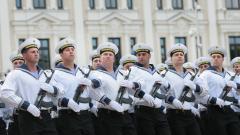 1 200 военнослужещи и бойна техника участваха на парада в София