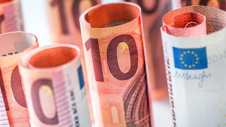 Еврото поскъпна срещу долара след изборите