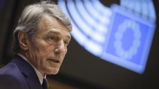 Сасоли призовава ЕС за строги санкциите срещу Москва