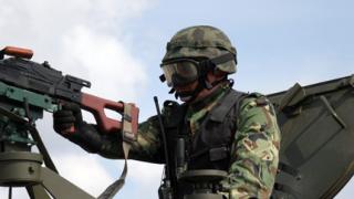 Парите за армията намаляват, загрижени от Комисията по отбрана