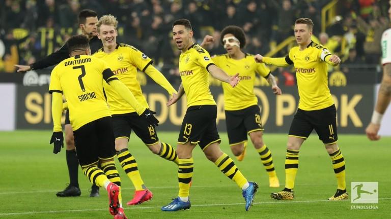 Борусия (Дортмунд) постигна 10-ата си победа в немското футболно първенство.