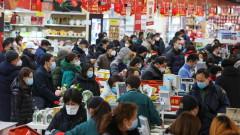 Китай хвърля 8 млн. маски срещу новия вирус