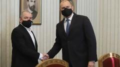 Радев зове за съставяне на правителство, ИТН продължават да съзират предатели