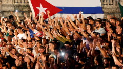Куба пусна мобилен интернет