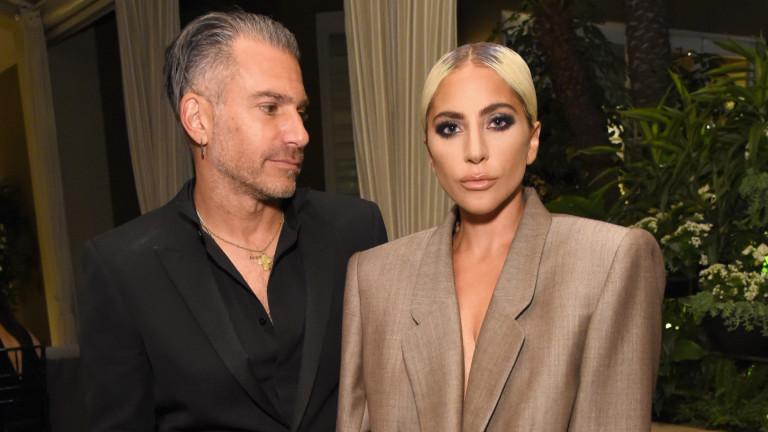 Лейди Гага и мистерията около един годеж