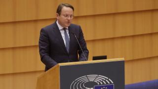 Брюксел настоя София и Скопие да не нарушават интересите на ЕС с караниците си