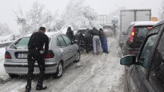 Жълт код за сняг и поледици в Монтана, Видин, Разград, Русе и Силистра