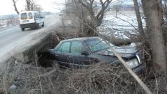 Камион влачи кола в Русе