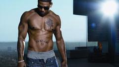 Арестуваха рапъра Nelly заради дрога