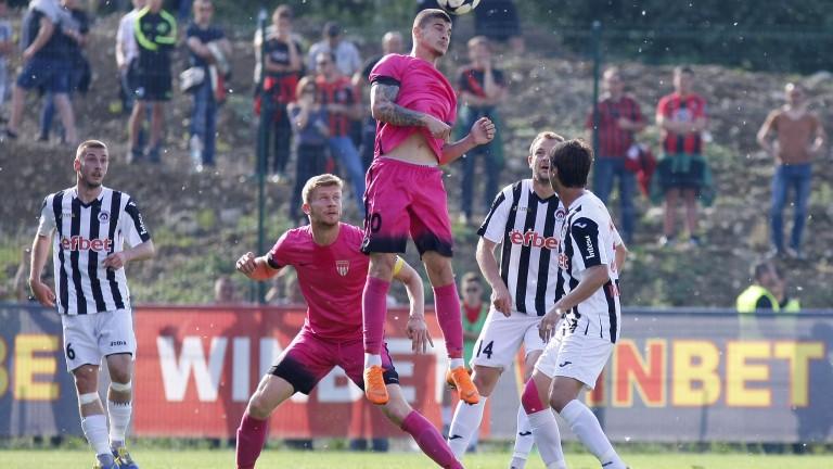 Локомотив (София) излезе на второ място във Втора лига, след