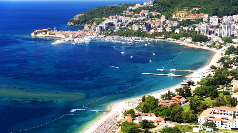 Черна гора не е виждала толкова туристи от 3 десетилетия. И очаква да спечели €1 милиард от това