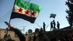 """Подкрепяни от САЩ сили влязоха в голям бастион на """"Ислямска държава"""" в Сирия"""