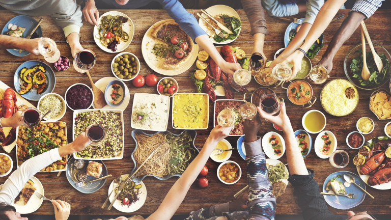 Стряскащо разточителство на българите по празниците, тонове храни на боклука