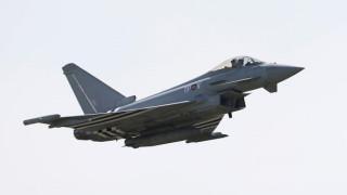 """Обединеното кралство вдигна по тревога два """"Тайфуна"""" заради руски самолети"""