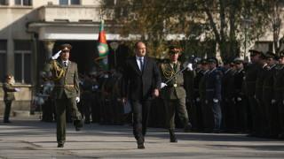Президентът е песимист за модернизацията на армията