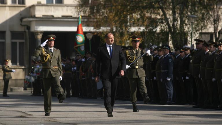 Снимка: Президентът: Превъоръжаването на Сухопътни войски да е на ново технологично ниво
