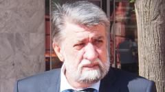 Наградата още не е факт, има право и да не я приеме, отговори Рашидов на Стефан Цанев