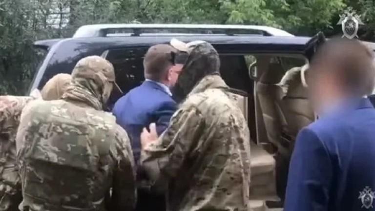 Губернаторът на Хабаровск Сергей Фургал е задържан за убийство. Предстои