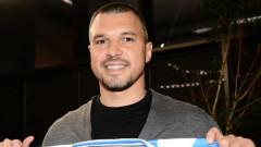 Божинов с невъобразим прецедент в кариерата си, изгониха го още преди да е дебютирал за новия си отбор...