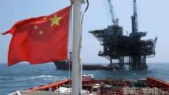 Китай ограничава  петролната търговията с КНДР