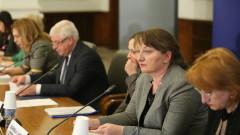 Сачева не чува неполитически критики в Закона за социалните услуги