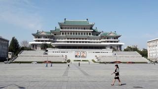 Ким Чен-ун зададе непосилна задача – събиране на 100 кг изпражнения на ден