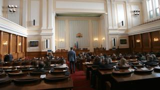 Няма енергия за промяна, ГЕРБ не е в отстъпление, според Буруджиева