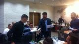 Боби Михайлов раздава пачки в пликове на националите