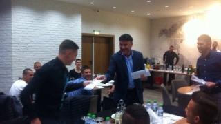 Sky Sports: Боби Михайлов празнува победата още снощи