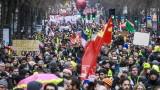 """Проявите на синдикатите и """"жълтите жилетки"""" в Париж ескалираха до бунтове"""