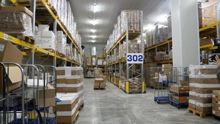 Логистичният център предлага 3000 вида продукти